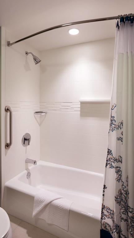 Culture Marble Bathroom Tub Surrounding Panel