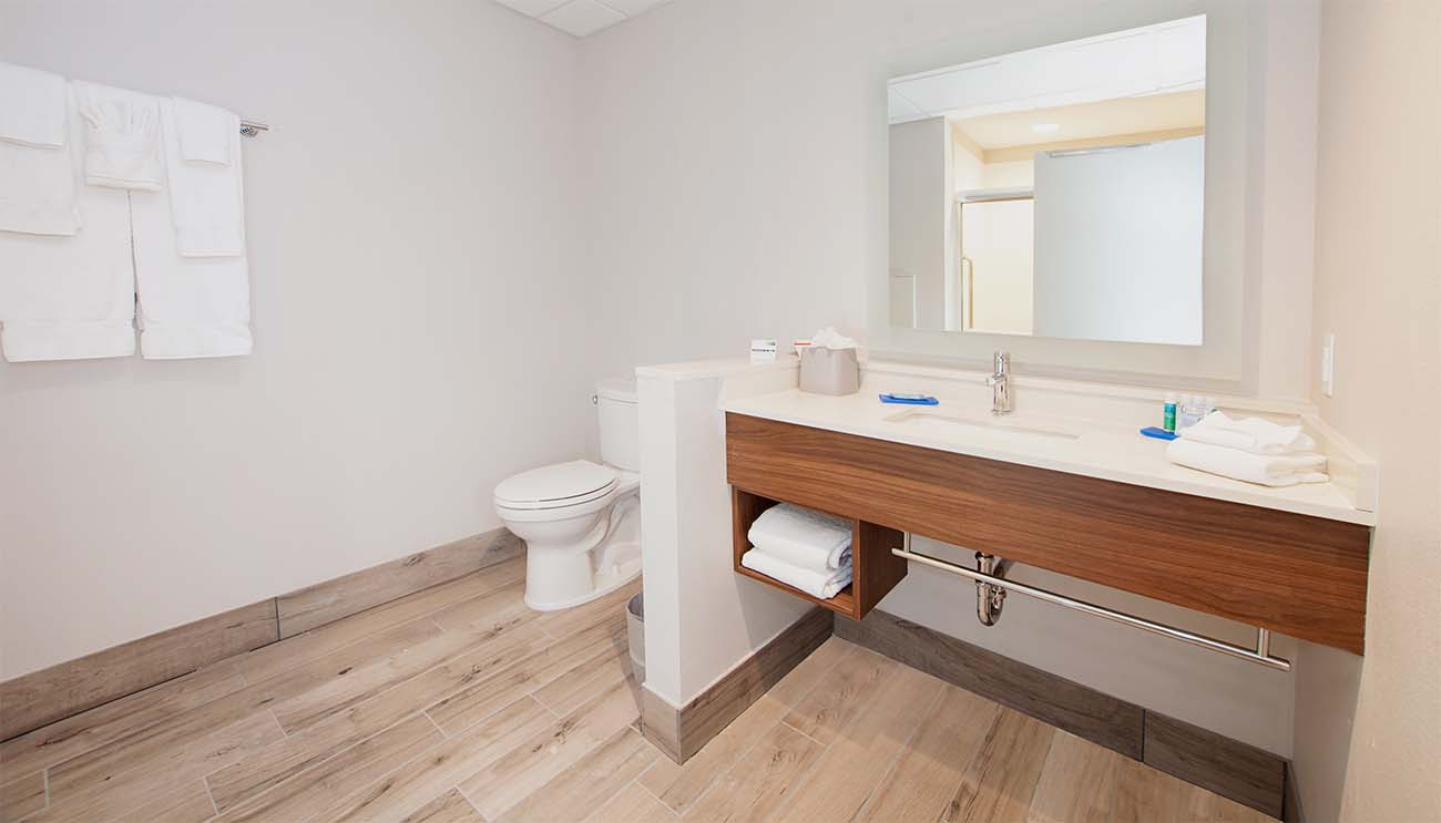 Holiday Inn Express Bathroom Vanity with Towel Bar and Cubby