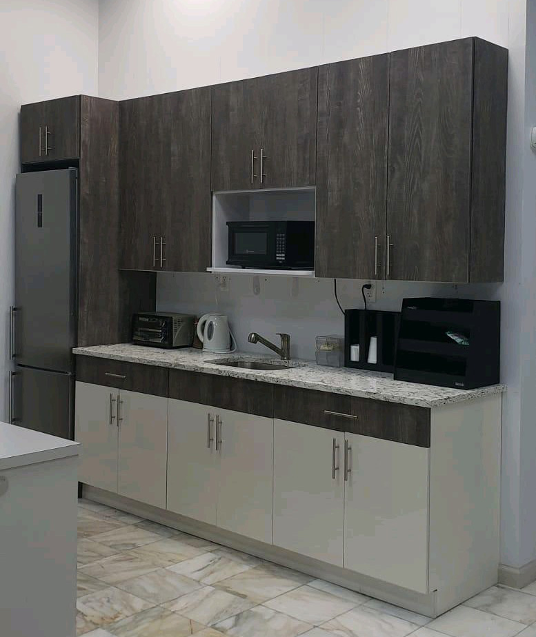 Apartment Kitchen Wooden Cabinet and Grey Granite Prefab Counter tops