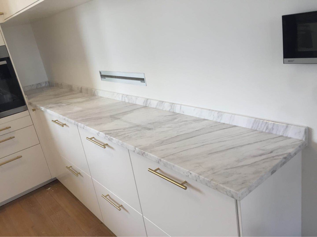 Marble Volakas White Cabinet Countertops
