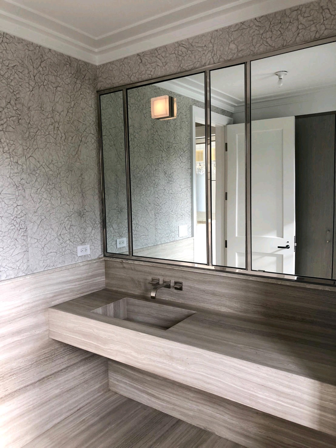 Wooden Grey Marble Bathroom Vanities and Flooring